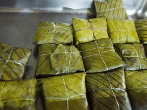 banana-leaf-parcels-300x225